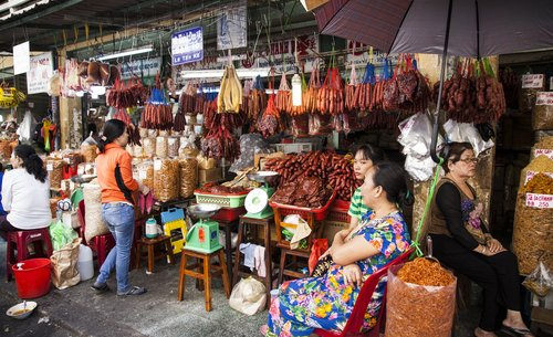 Cho Lon in Vietnamese