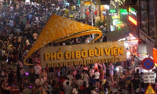 Bui Vien street has a ton of bars