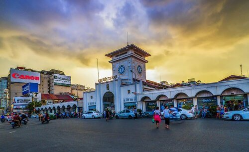 The biggest local market in Saigon
