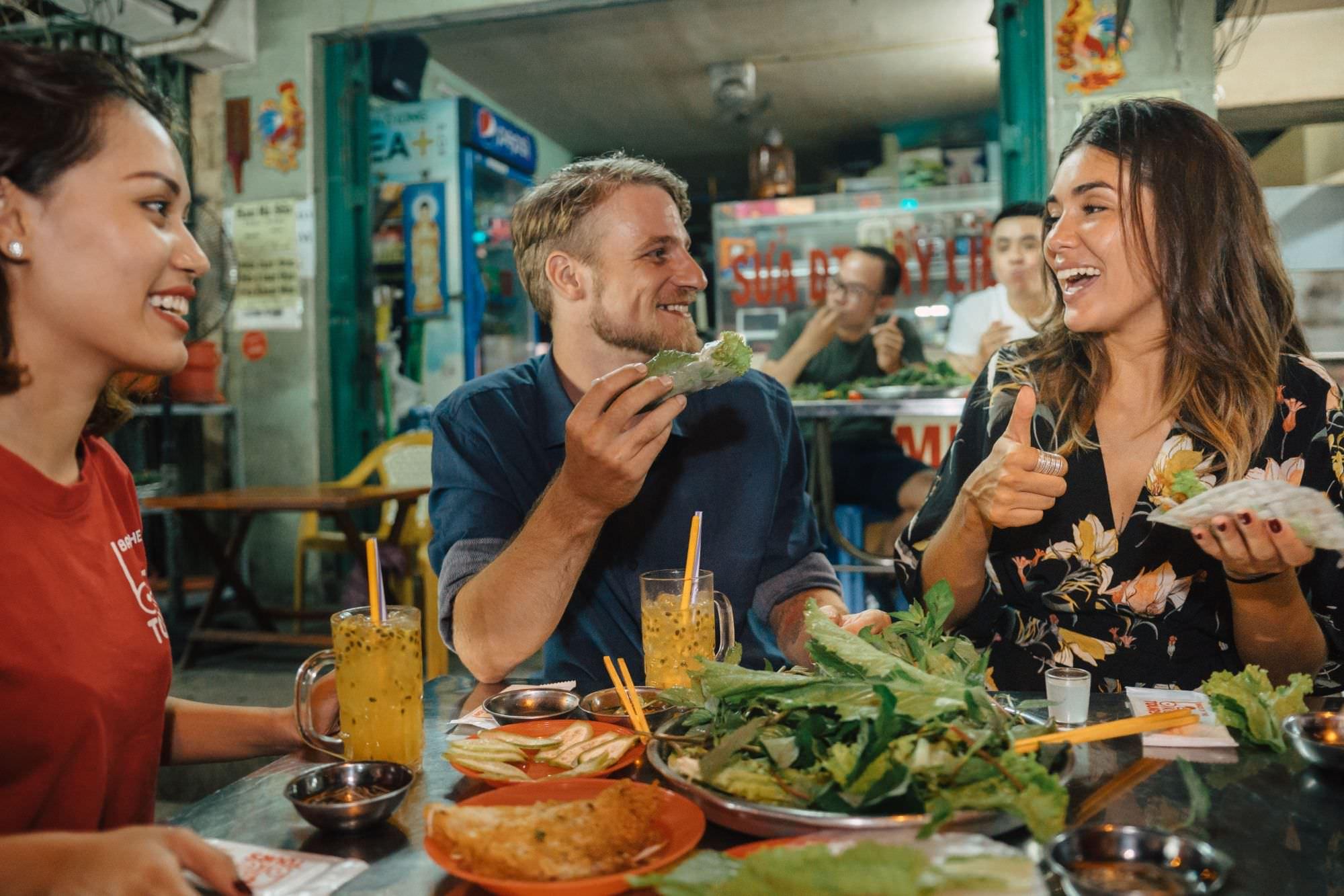 Ho Chi Minh City Food Tour at Night with Banh Xeo